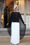 Bayramlık siyah beyaz tesettür kıyafet kombinleri