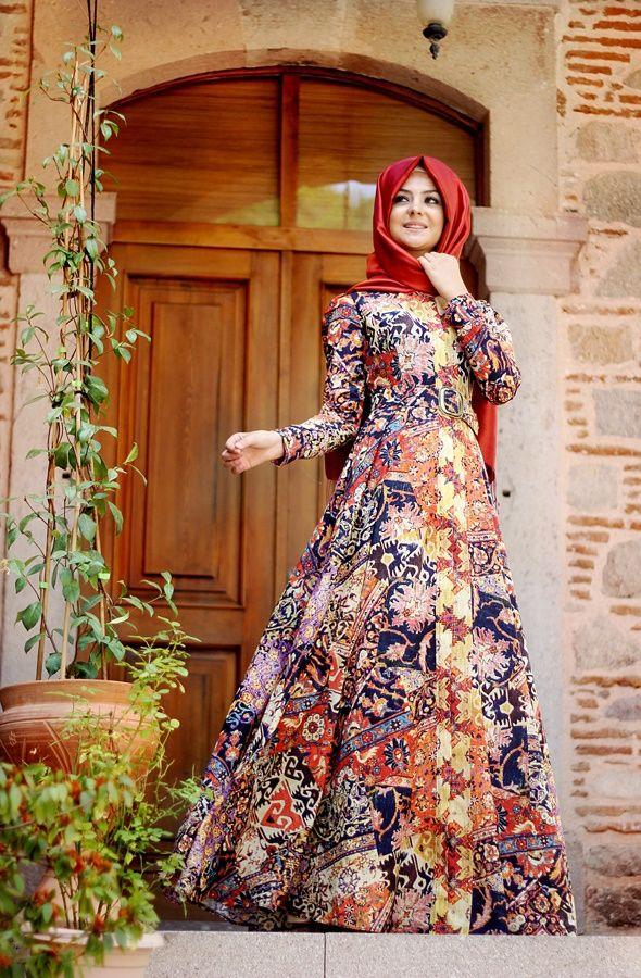 52782b8515068 Pınar Şems etknik motifli elbise