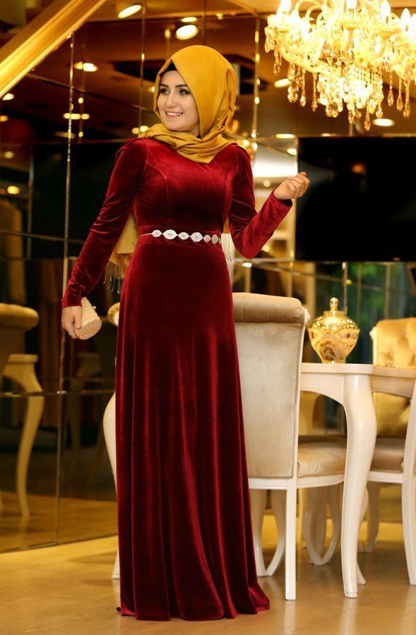 5339b5f5f21b6 Pınar Şems kadife abiye modelleri
