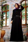Pınar Şems genç siyah elbise
