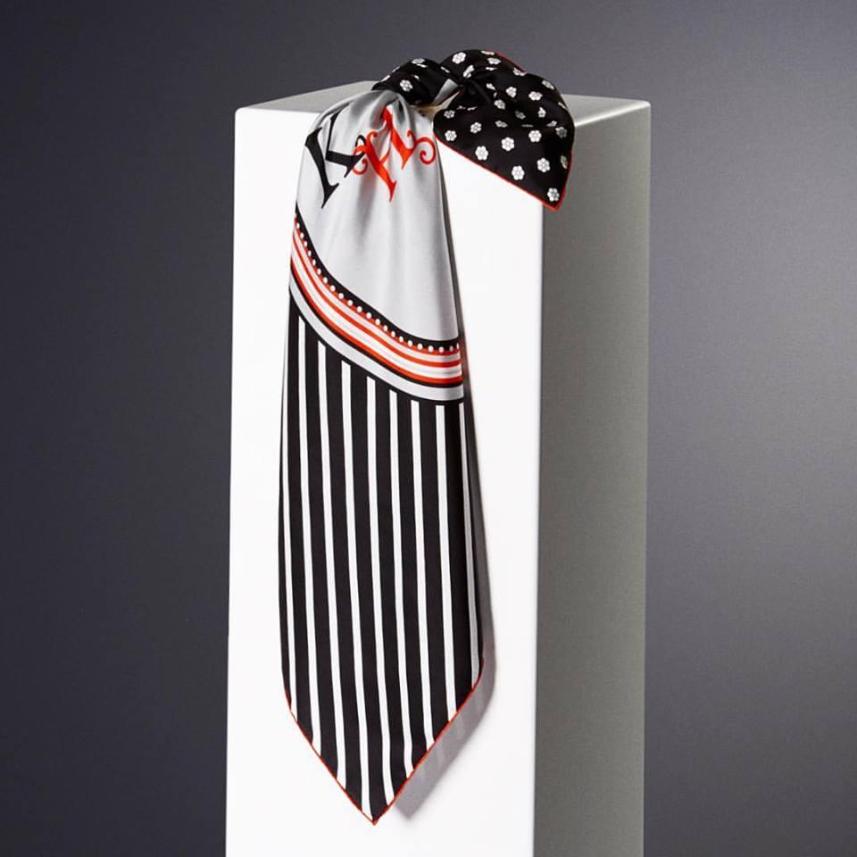 Vakko-scarf