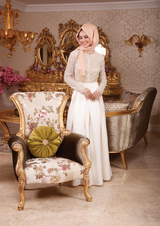 Tuay Karaca tesettür elbise