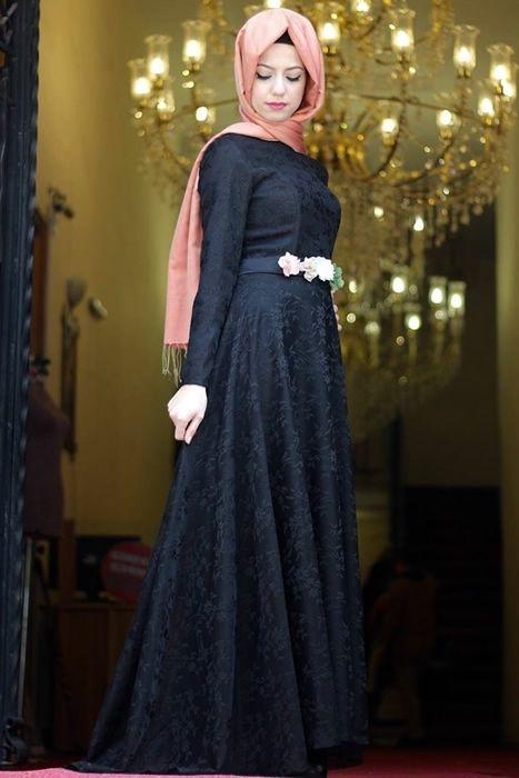 a82bdb823231f Siyah elbise şal uyumu