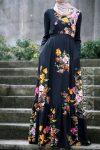 Bahar çiçekli tesettür elbise