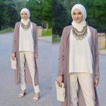 Klasik beyaz pantolon kombini