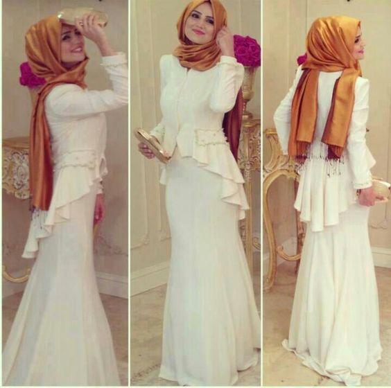 Beyaz kapalı balık elbise